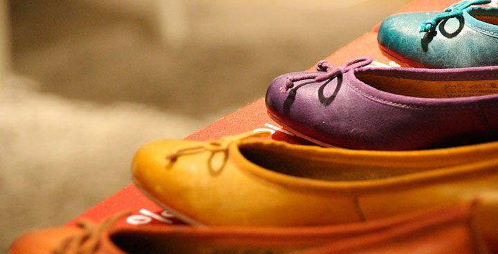 pantofi colorati fara toc