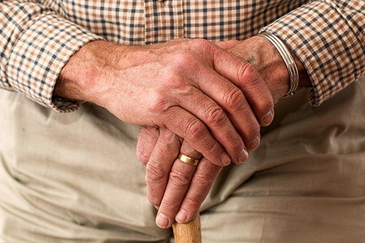 produse pentru seniori si persoane in varsta