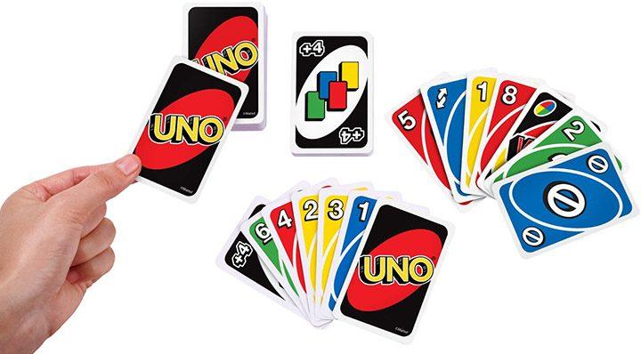 joc cu carti uno